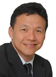 Dr Lim Lian Arn specialises in Orthopaedic Surgery and is